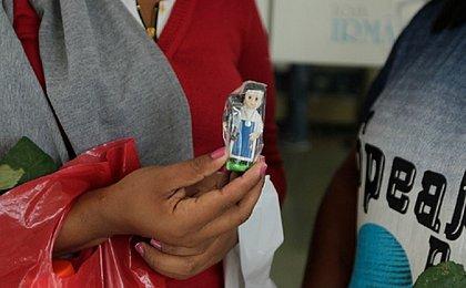 Fé visível: mais de 50 imagens de Santa Dulce são vendidas por dia pelas Osid