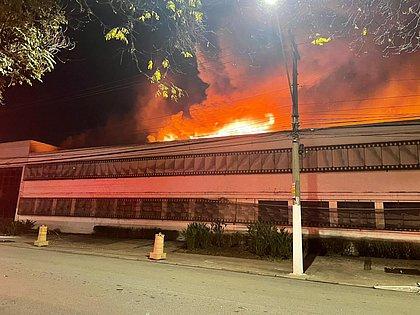 Incêndio atinge galpão da Cinemateca Brasileira em São Paulo