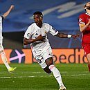Vinicius Junior marcou dois gols na vitória do Real Madrid sobre o Liverpool