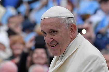 Papa defende união civil entre homossexuais: 'têm direito de estar em uma família'
