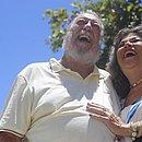 Lucio Saback, 72 anos, e Maria Helena, 71, viraram modelos por causa do neto e do filho