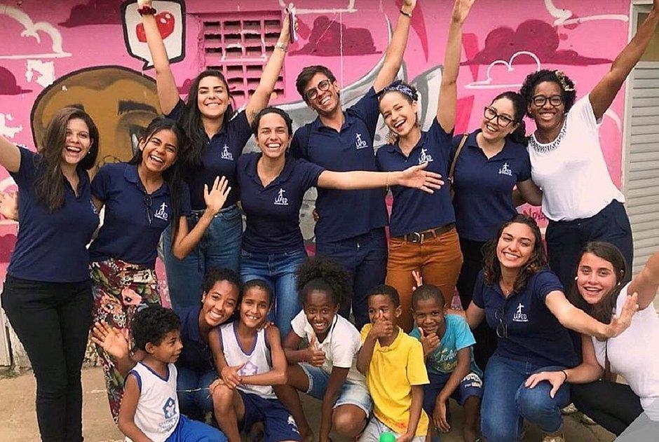 Liga de Pediatria da Ufba recebe doações para crianças carentes de Salvador