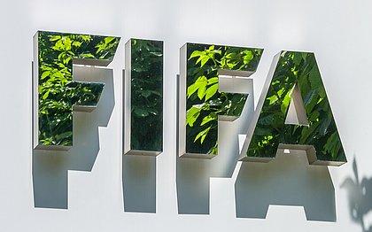 Fifa aplica multa milionária e bane ex-dirigentes da Conmebol