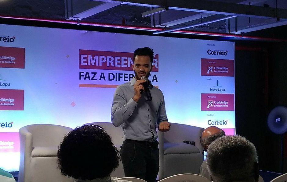 Consultor de Inovação do Senai-BA, Guilherme Silva, dá dicas durante palestra