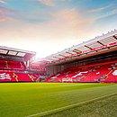 O estádio Anfield, casa do Liverpool