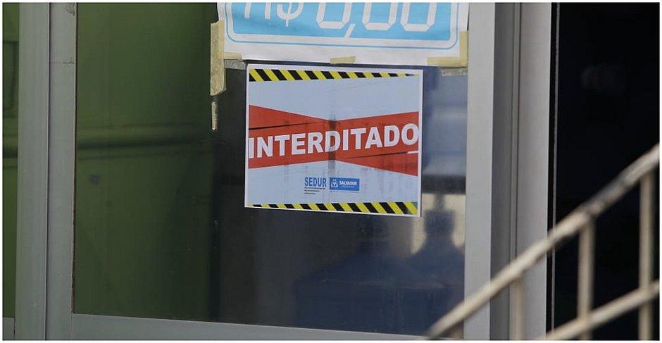 Cerca de 50 lojas são interditadas pela prefeitura em bairros com isolamento rígido