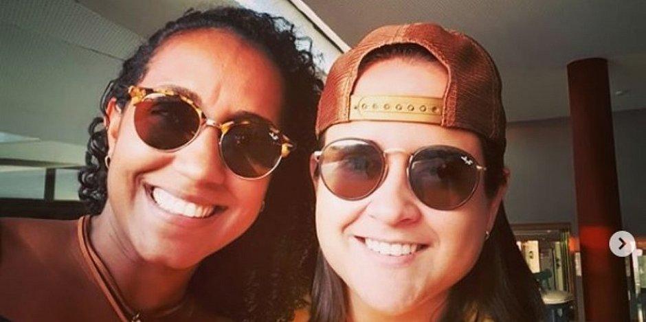 Mayana e Gabriella em foto feita dentro do restaurante Barravento, na sexta-feira (15)