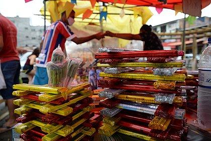 Venda clandestina: fogos de artifício continuam sendo comercializados em Salvador