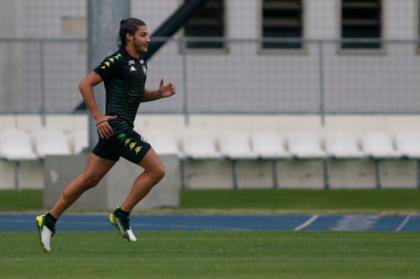 Ex-Botafogo, Marcinho admite que atropelou casal e fugiu do local