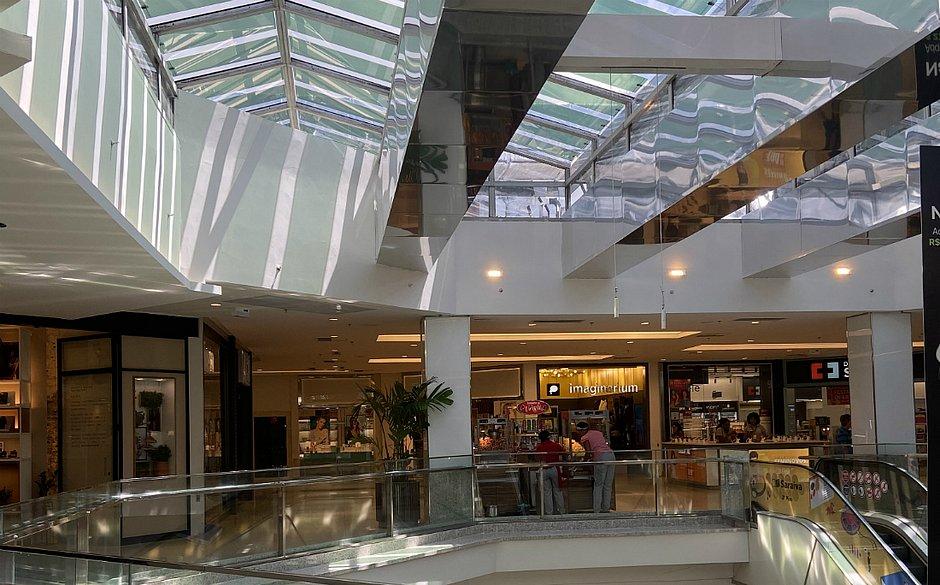 A tecnologia foi usada, inicialmente, na claraboia do terceiro piso do shopping