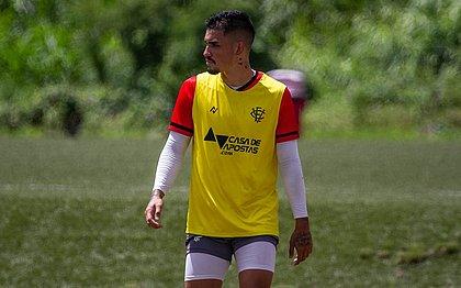 Centroavante Aníbal Vagas está relacionado para o jogo contra o Atlético