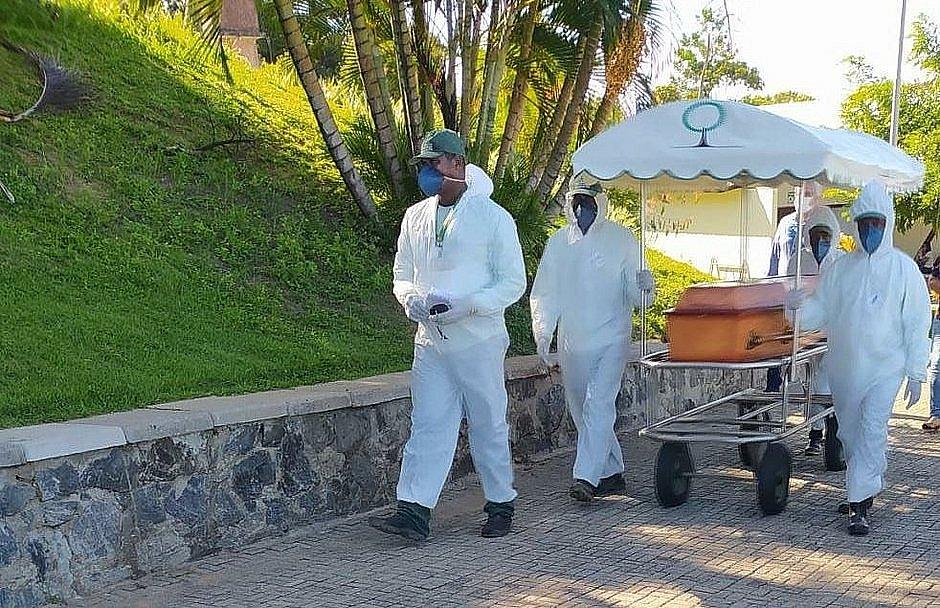Associação pede proibição de cremação de seguidores do Candomblé