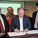 Governador em exercício assina Decreto Estadual de Emergência