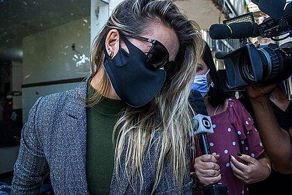 Cátia Raulino ao sair da 9ª Delegacia após prestar depoimento