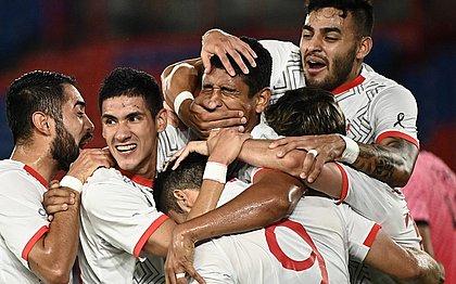 Algoz em Londres-2012, México avança às semifinais e enfrentará Brasil no futebol