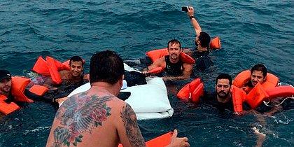 'Foi uma sensação de comemorar', diz resgatado sobre selfie em naufrágio
