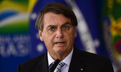 Bolsonaro volta a atacar Barroso e fala em 'último recado' sobre voto impresso