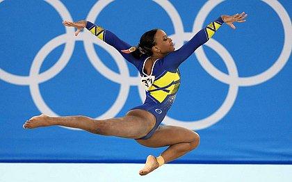 Feitos da ginástica feminina aumentam visibilidade de negros, dizem especialistas