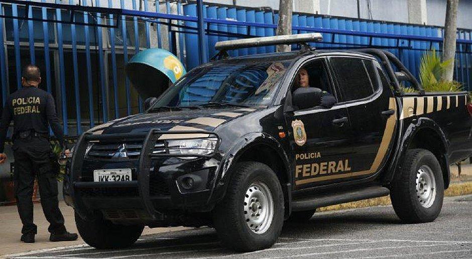 Polícia Federal cumpre mandados de busca e apreensão na Prefeitura do Recife