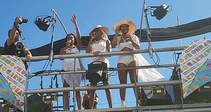 Cantoras discutiram assédio contra a mulher durante desfile no circuito Barra-Ondina