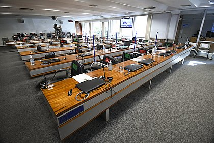Na volta, CPI mira sites que divulgaram conteúdos falsos