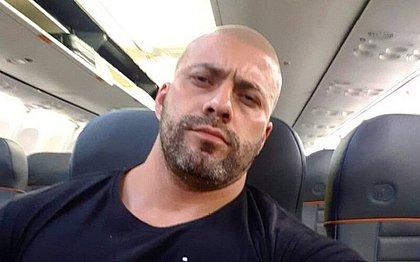 Deputado bolsonarista se recusa a usar máscara e é expulso de voo pela PF