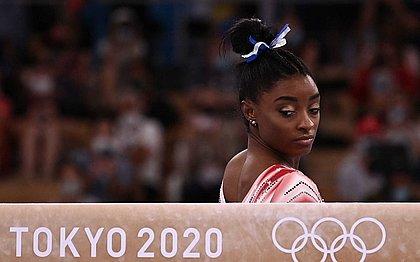 Simone Biles competiu na final da trave em Tóquio e levou o bronze