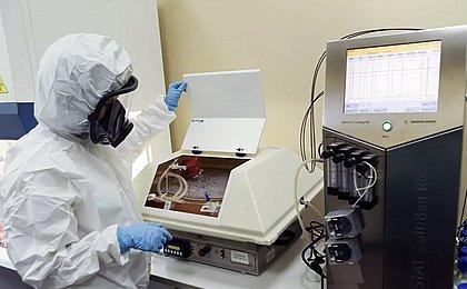 Vacina russa Sputnik V tem eficácia de 91,4% contra covid-19, diz fabricante