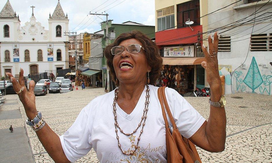 Edith Margarida, 88 anos: funcionária pública aposentada faz ginástica, artesanato, caminhada e dança