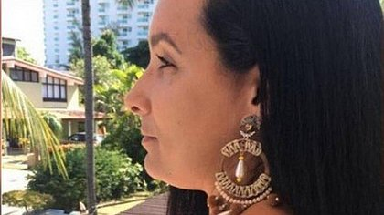 Esposa de Ronnie Lessa é presa no por tráfico internacional de armas