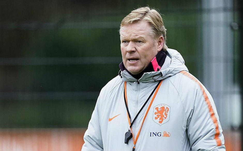 Holandês jogou no Barcelona nos anos 90
