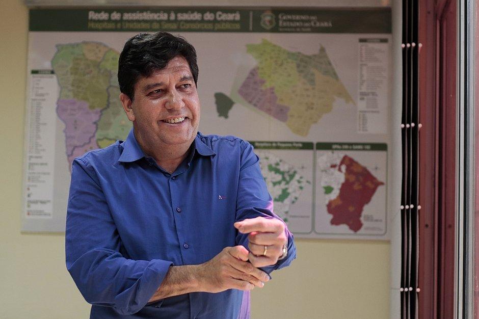 Secretário da Saúde do Ceará testa positivo para coronavírus