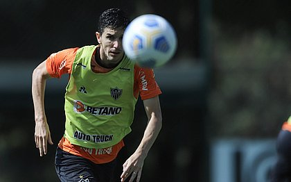 Nacho Fernández é um dos jogadores com covid-19