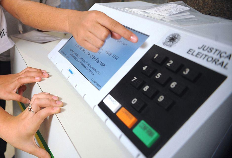 Municípios do Paraná e do Piauí têm novas eleições neste domingo
