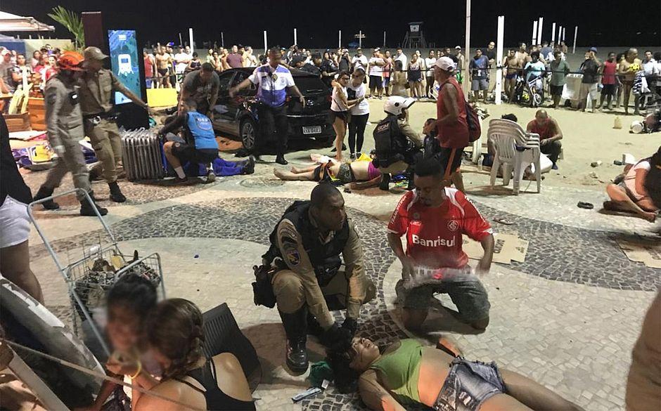 Carro invade Praia de Copacabana, mata bebê e fere 11 pessoas
