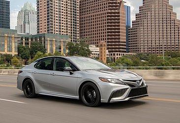 9) Toyota Camry: 592.648 unidades