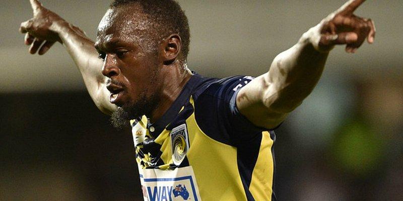 Bolt se irrita ao ser chamado para antidoping após marcar dois gols