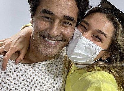 Sasha posta foto com Szafir após ele deixar UTI, e Xuxa celebra: 'Amor de pai'