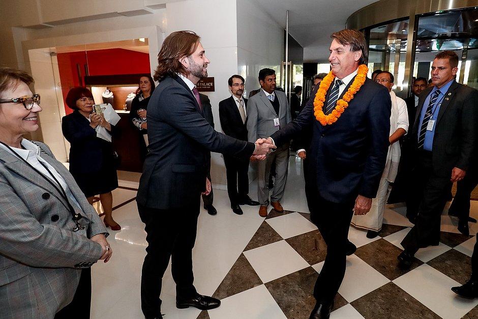 Assessor do Planalto usa jato da FAB para voo exclusivo à Índia e é afastado por Bolsonaro