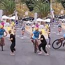 Ciclista se chocou com mulher durante corrida