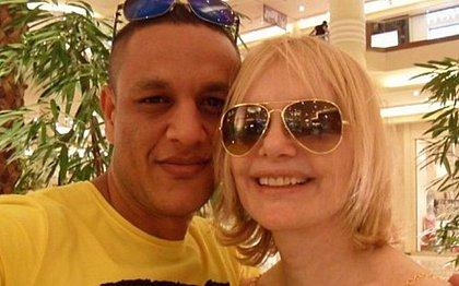 Isis de Oliveira denuncia agressões do marido: 'me dava socos enquanto eu dormia'