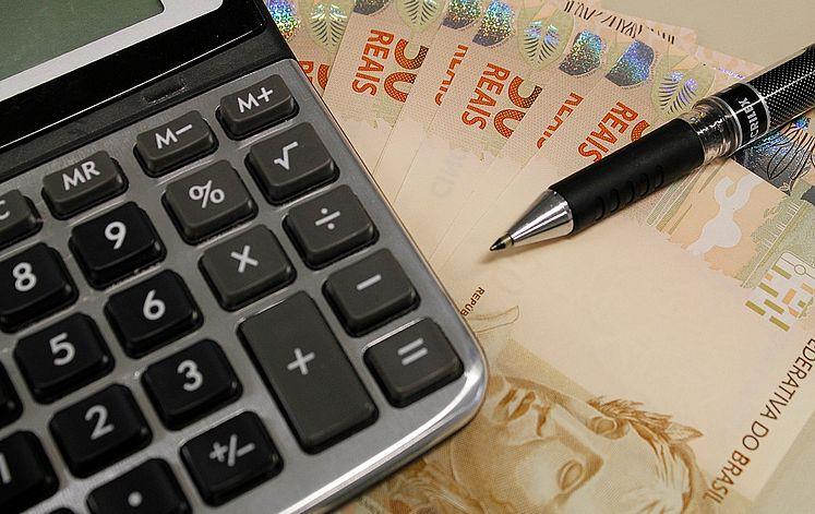 meta fiscal