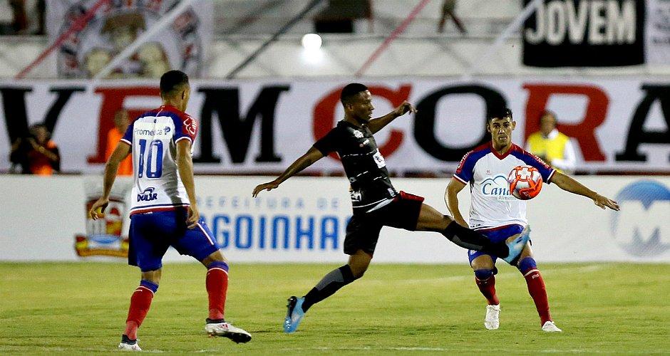 Time do Bahia teve atuação fraca em empate diante do Atlético de Alagoinhas