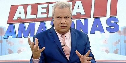 Sikêra Jr. é afastado da Rede TV! por suspeita de coronavírus
