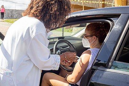 Brasil tem 56,8 milhões de pessoas com a imunização completa contra o coronavírus