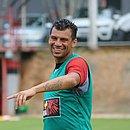 Atacante Neto Baiano terá contrato com o Vitória renovado