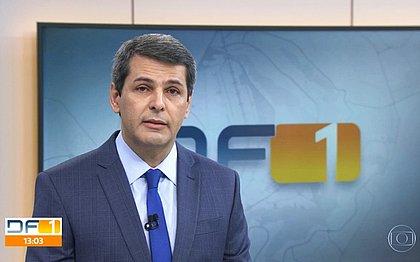 Apresentador da Globo chora ao vivo em homenagem ao Dia dos Pais; assista