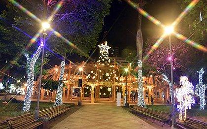 Iluminação de Natal do Campo Grande pode ser visitada até quarta(6)