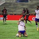 Rossi anotou três gols na goleada que colocou o Bahia na segunda fase da Copa do Brasil