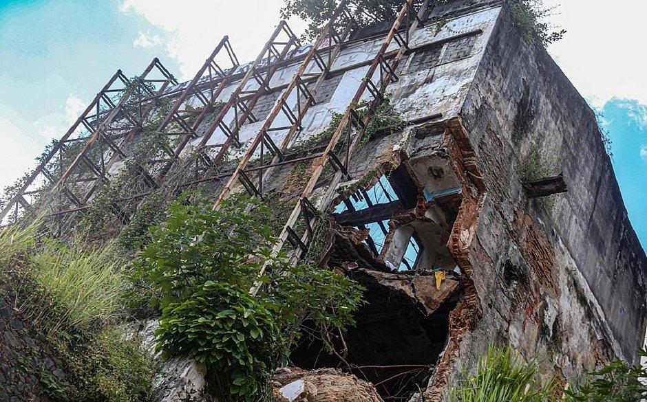 Mais de 200 casarões em Salvador apresentam risco alto de desabamento ou incêndio